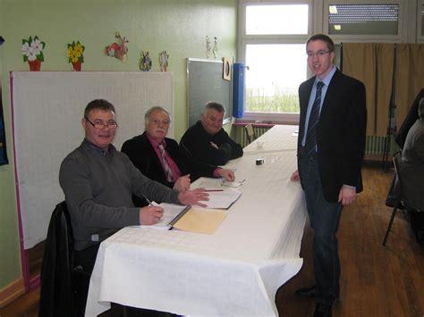 bureau de vote election dp apéritif de christopher bender