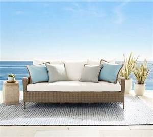 Pottery barn outdoor furniture sale 30 off sectionals for Pottery barn sectional sofa sale
