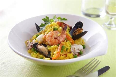 cuisiner les fruits de mer recette de paëlla aux fruits de mer facile et rapide