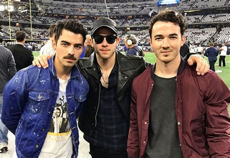 Kevin Jonas Archives - Life & Style