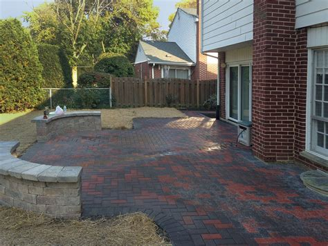 Paver Brick Wall by Brick Paver Patio With Seat Walls In Arlington Heights