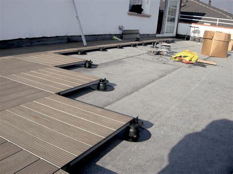 schneider electric si鑒e social pavimento flottante da esterno pavimento sopraelevato uniflair schneider electric