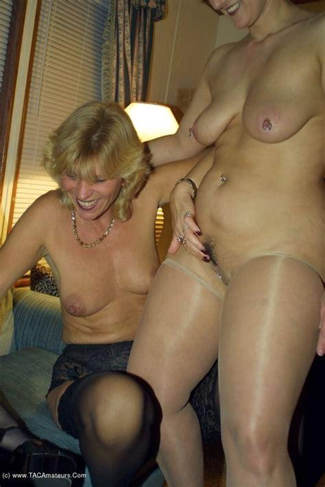 Milf Lesbian Orgies Reba From United States Youxxxx