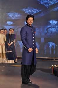 all black wedding rings shahrukh khan sherwani for happy new year