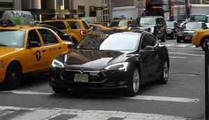Borne De Recharge Tesla : manhattan plus de bornes de recharge que de stations services ~ Melissatoandfro.com Idées de Décoration