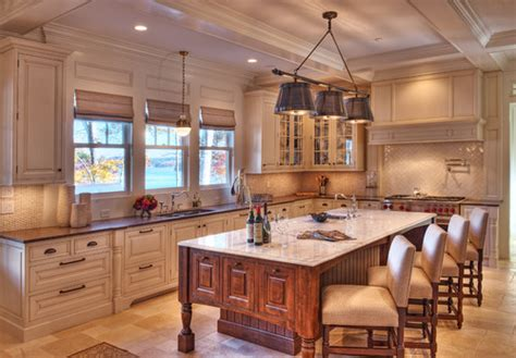 the lighting the island and backsplash