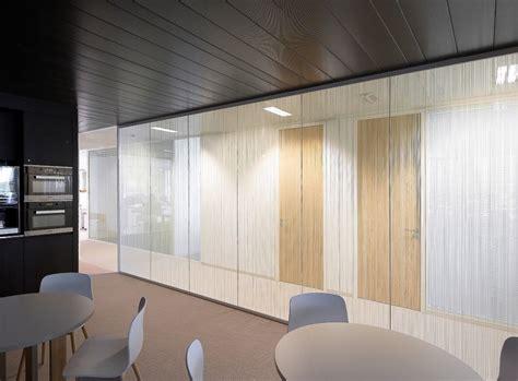 cloison bureaux cloison amovible modulable pour vos bureaux à ève