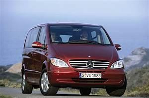 Mercedes Familiale : mercedes propose plusieurs voitures 7 places voiture 7 places ~ Gottalentnigeria.com Avis de Voitures