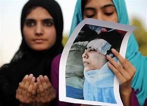 Arresti, preghiere e cortei per Malala