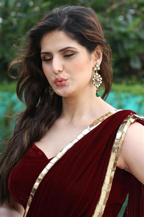 High Quality Bollywood Celebrity Pictures Sexy Zarine Khan