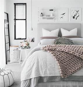 Parure De Lit Rose Et Gris : deco gris et blanc chambre ~ Teatrodelosmanantiales.com Idées de Décoration