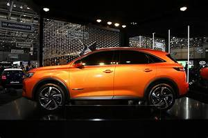 Ds 3 Crossback : new ds7 crossback is a surprisingly interesting take on premium suvs carscoops ~ Medecine-chirurgie-esthetiques.com Avis de Voitures