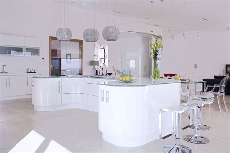 High gloss open plan kitchen from Concept Interiors