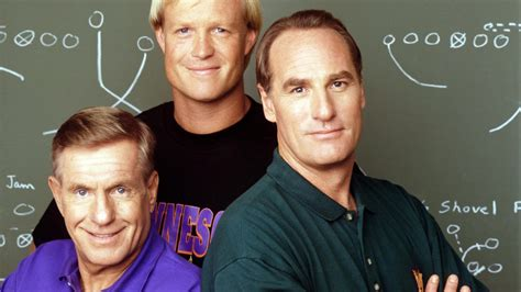 craig t nelson tv series put him in craig t nelson to return as coach after 18