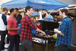 Plan The Ultimate Tailgate Party With These 5 High