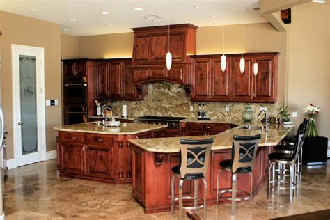 pics of kitchen cabinets custom cherry kitchen cabinets haynes cabinet company 4179