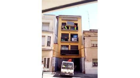 canapé balcon régis et régis déplacent un canapé