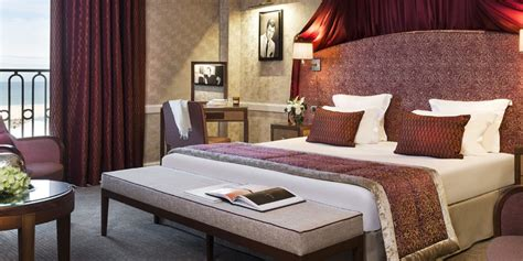 hotel a deauville avec dans la chambre la literie treca dans les hôtels français de prestige treca