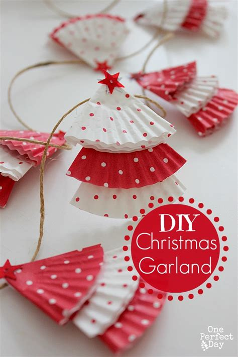 easy christmas tree garland fun crafts kids