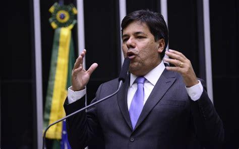 Novo ministro pode anular atos de Mercadante no Ministério ...