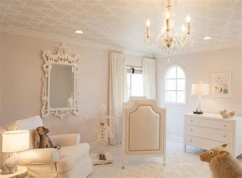 déco chambre bébé baroque