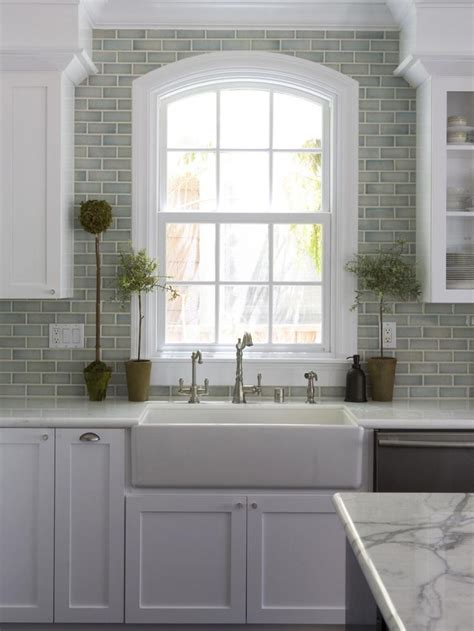 pictures of kitchen backsplash ideas from green subway