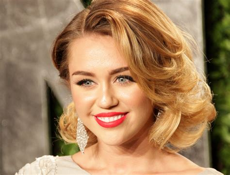 Miley Cyrus Movie Picure With Her Curly Hairstyle With