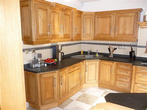 conforama cuisine plan de travail cuisine rustique en chêne massif clair cuisines liebart