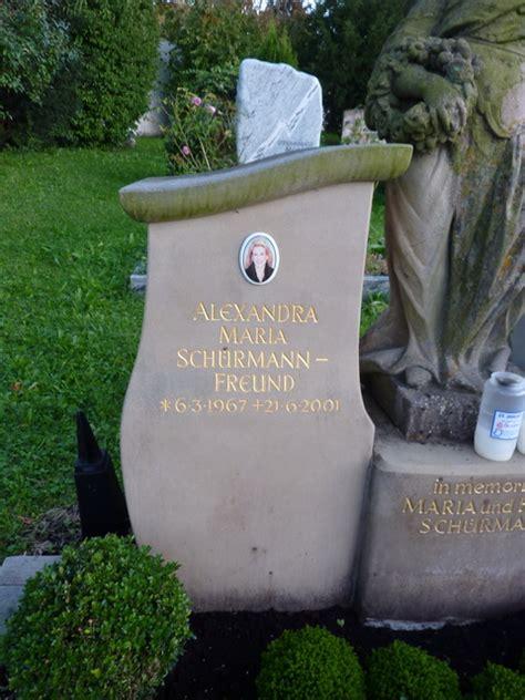 friedhof ansichten schuermann freund alexandra