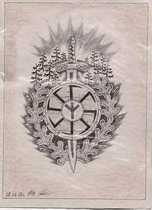 Symbole Mythologie Nordique : tatouage viking l 39 histoire myst rieuse des symboles nordiques a pinterest tatouage ~ Melissatoandfro.com Idées de Décoration