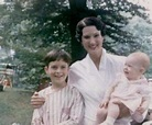 Who Is Annette O'Toole's Daughter Anna Geisslinger? A Full ...