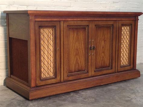 Vintage Magnavox Record Player Cabinet by Vintage Mid Century Magnavox Stereo Console Fm Am Radio