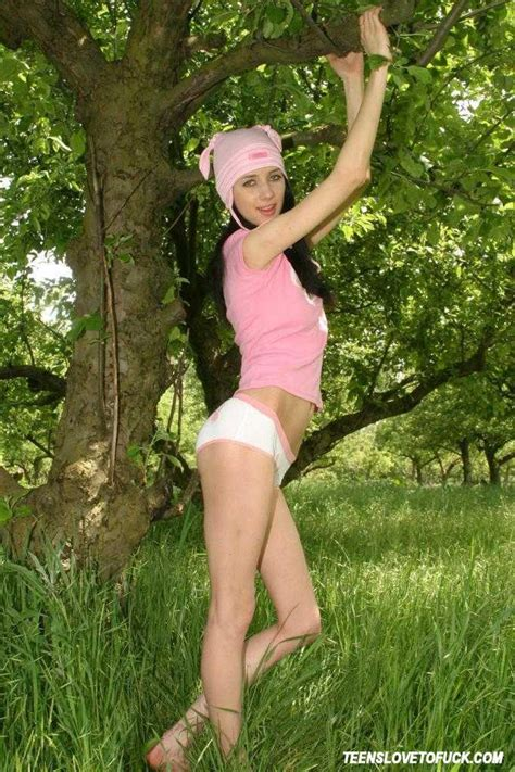 Fragile Looking Brunette Posing Nude In The Forest