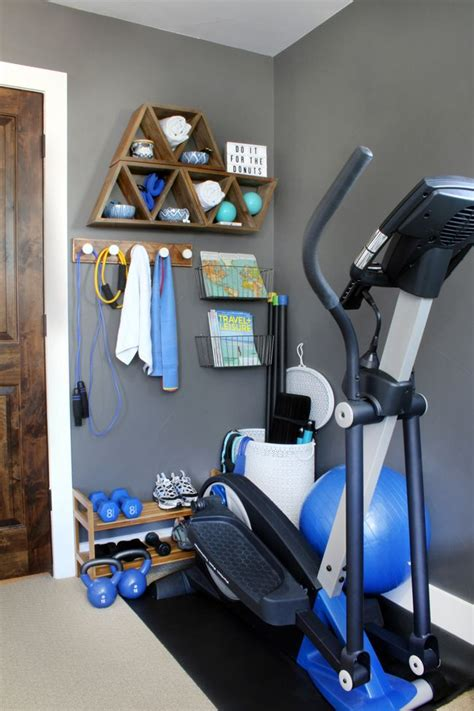 Stylish Home Gym Ideas for Small Spaces | Workout room ...