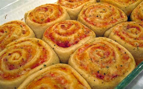 cuisine de l etudiant recette pizza roll pas chère et simple gt cuisine étudiant