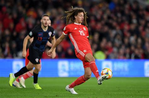 Chelsea's Ethan Ampadu is not the answer in defensive ...
