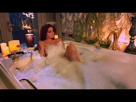 Wow Ariel Winter Nude Leaked Photos Are Online