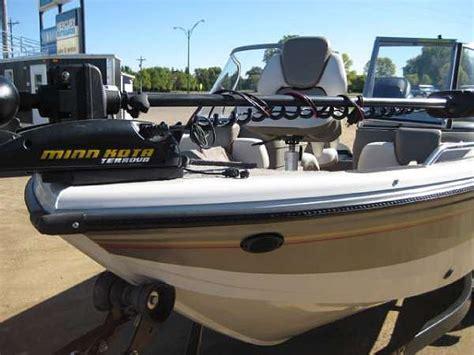 Boat Dealers Watertown Sd by 2007 Crestliner Sportfish 1850 O B Price 22 995 00