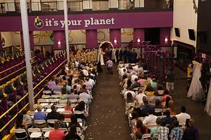 Meet The Fit Couple Who Got Married At Planet Fitness