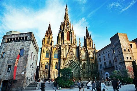 barcelona picasso gothic quarter guided walking