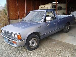 Sell Used 1984 Nissan 720 Truck Long Bed Heavy Duty Deluxe