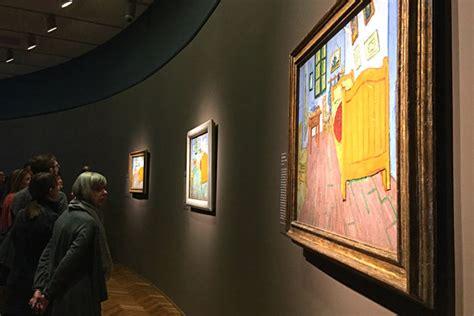 Vincent Van Gogh The Bedroom Art Institute Of Chicago