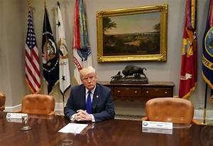 Donald Trump had a meeting with some empty chairs | Metro News