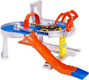 Hot Wheels Fall Ready to Play Track Set
