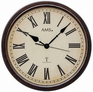 Horloge Murale Bois : horloge murale radio pilot e style bois vintage ~ Teatrodelosmanantiales.com Idées de Décoration