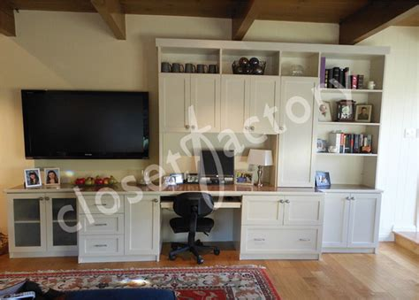 Wall Unit With Desk And Entertainment