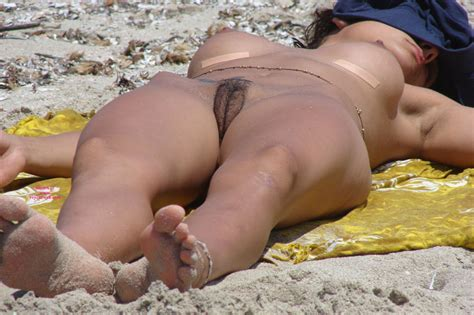 Beach Voyeur Hairy Pussy July Voyeur Web Hall Of
