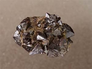 040 Zirconium Zr