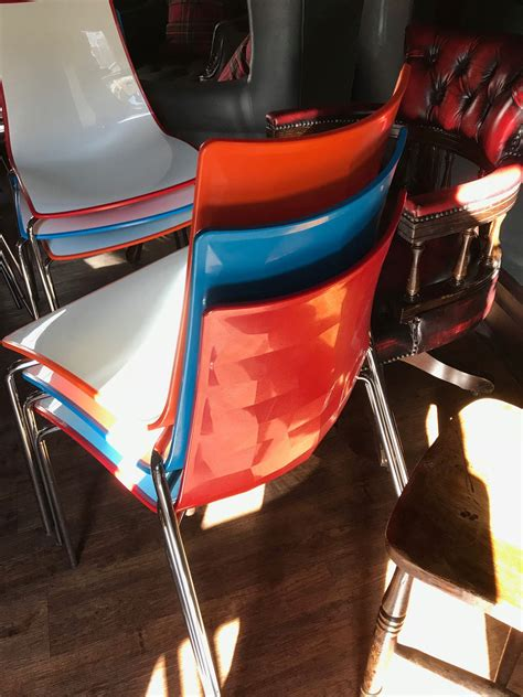 secondhand chairs  tables cafe  bistro chairs