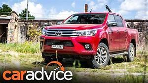 Toyota Hilux 2017 : 2017 toyota hilux sr5 review caradvice youtube ~ Medecine-chirurgie-esthetiques.com Avis de Voitures